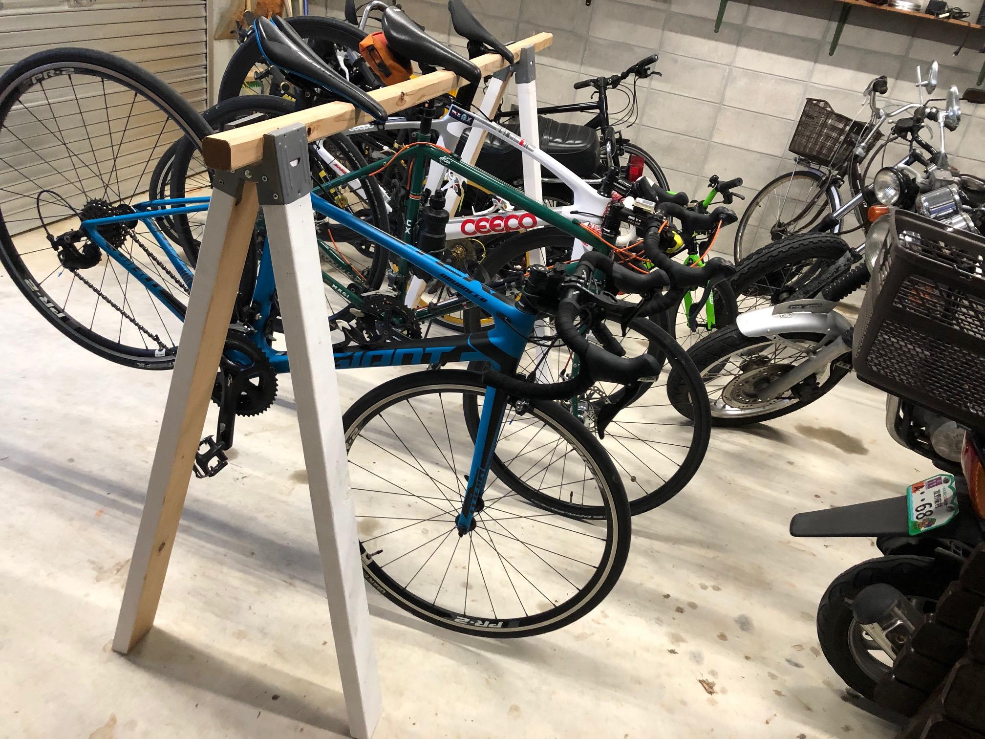自転車スタンド活躍!