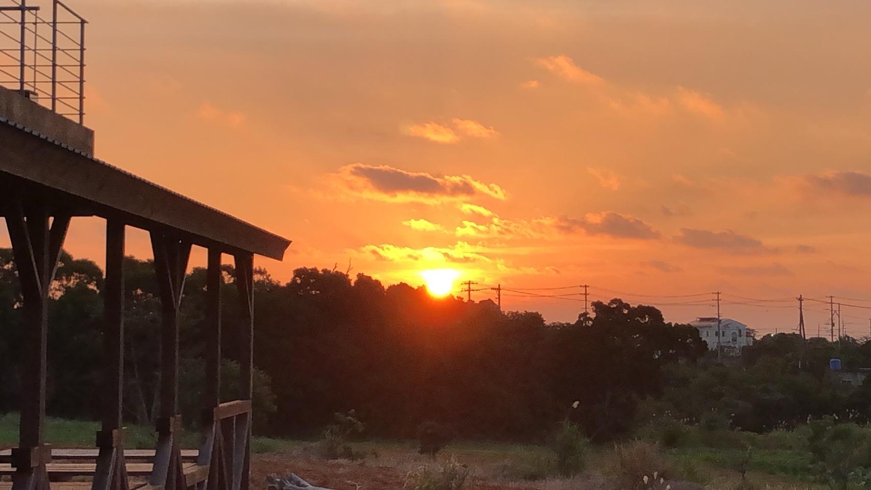 日の出早まる。